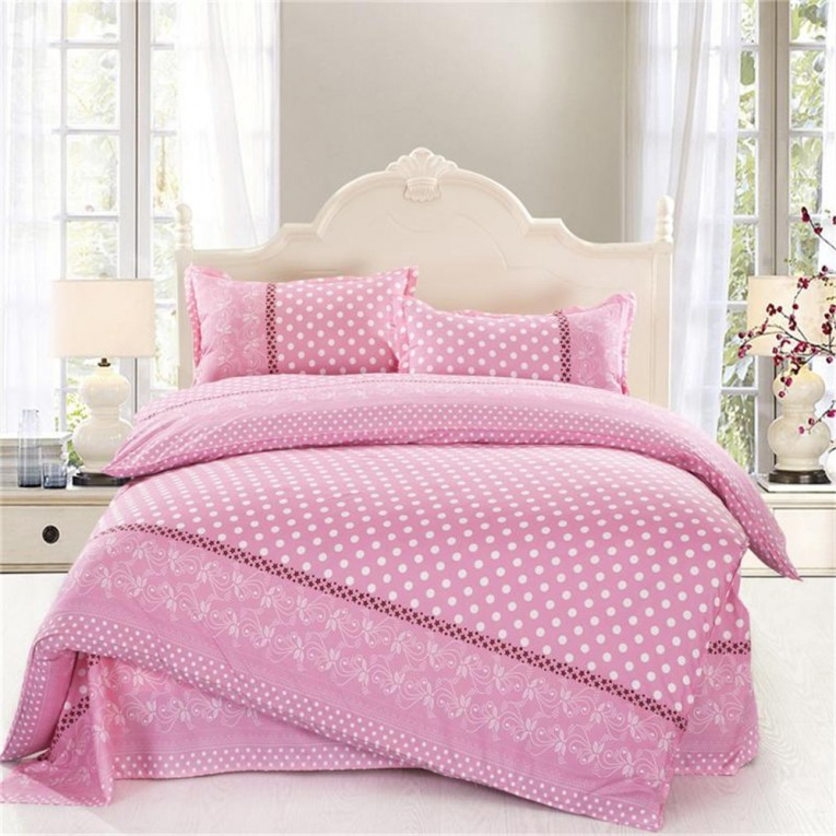 Admirable Full Comforter Sets Bed Queen Size And King Bedsize Also Pillows And Cushion Combined With Headboards And Curtains