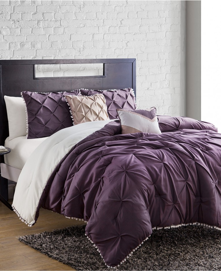 Amazing Full Comforter Sets Bed Queen Size And King Bedsize Also Pillows And Cushion Combined With Headboards And Curtains
