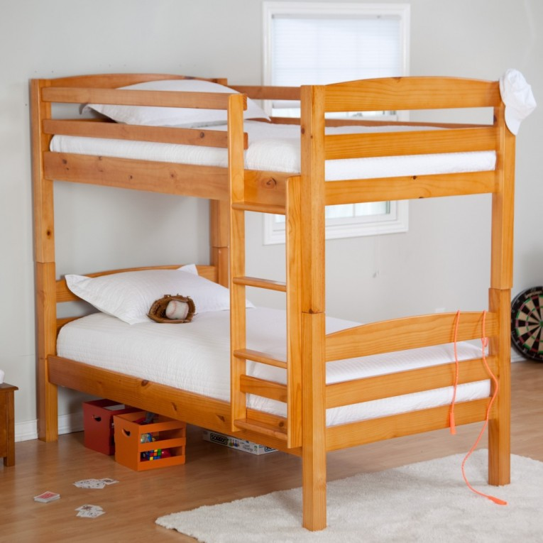Amusing Cheap Bunk Beds For Kids With Area Rugs And Laminate Flooring Combined With Picture On The Wall For Kids Bed Room Ideas