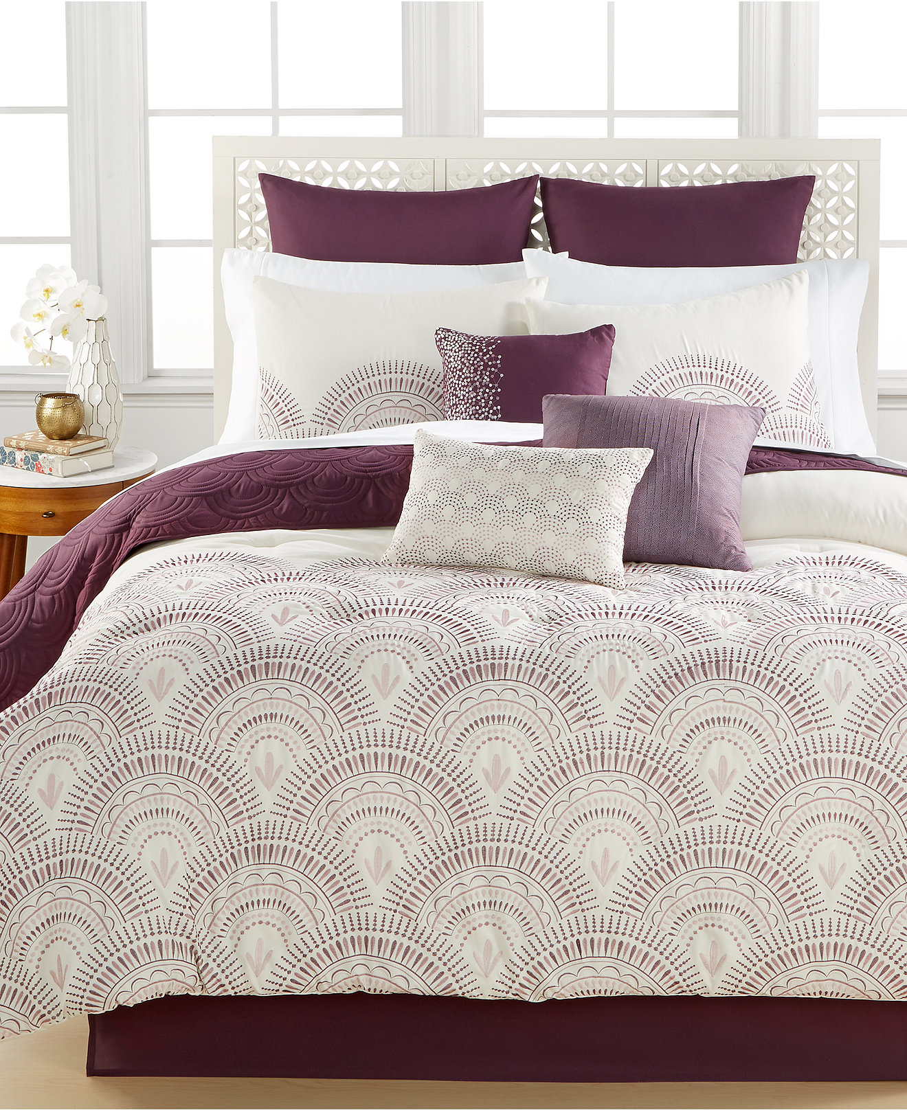Amusing Full Comforter Sets Bed Queen Size And King Bedsize Also Pillows And Cushion Combined With Headboards And Curtains