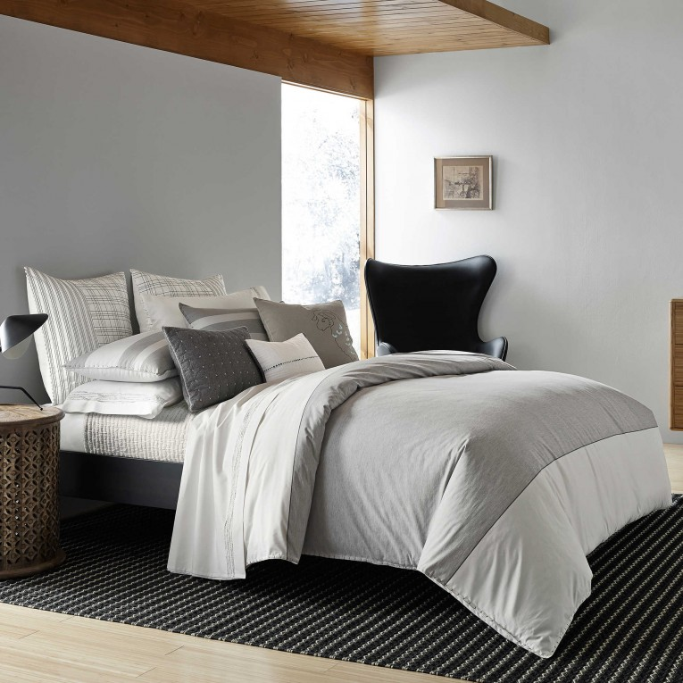 Appealing Full Comforter Sets Bed Queen Size And King Bedsize Also Pillows And Cushion Combined With Headboards And Curtains