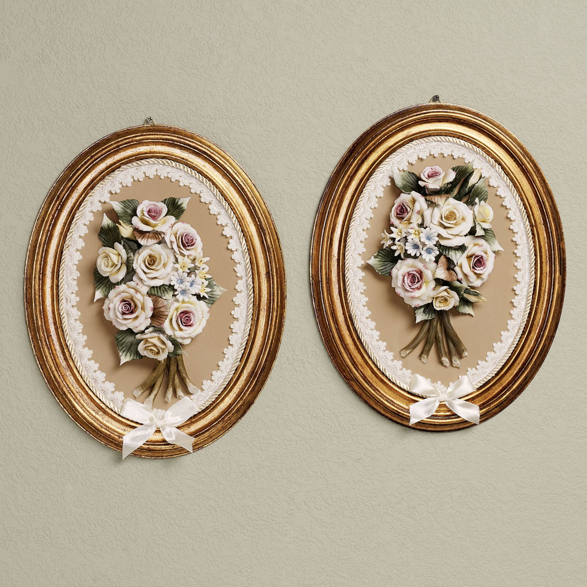 Awesome wall plaques with antique pattern design for wall decorating home ideas