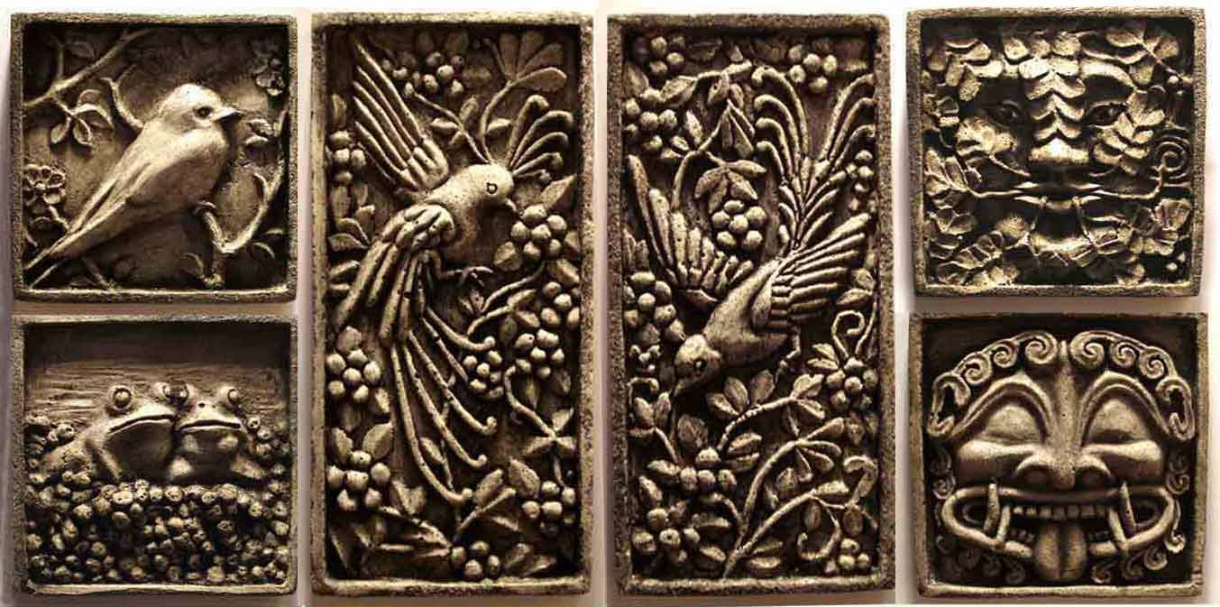 Beautiful wall plaques with antique pattern design for wall decorating home ideas
