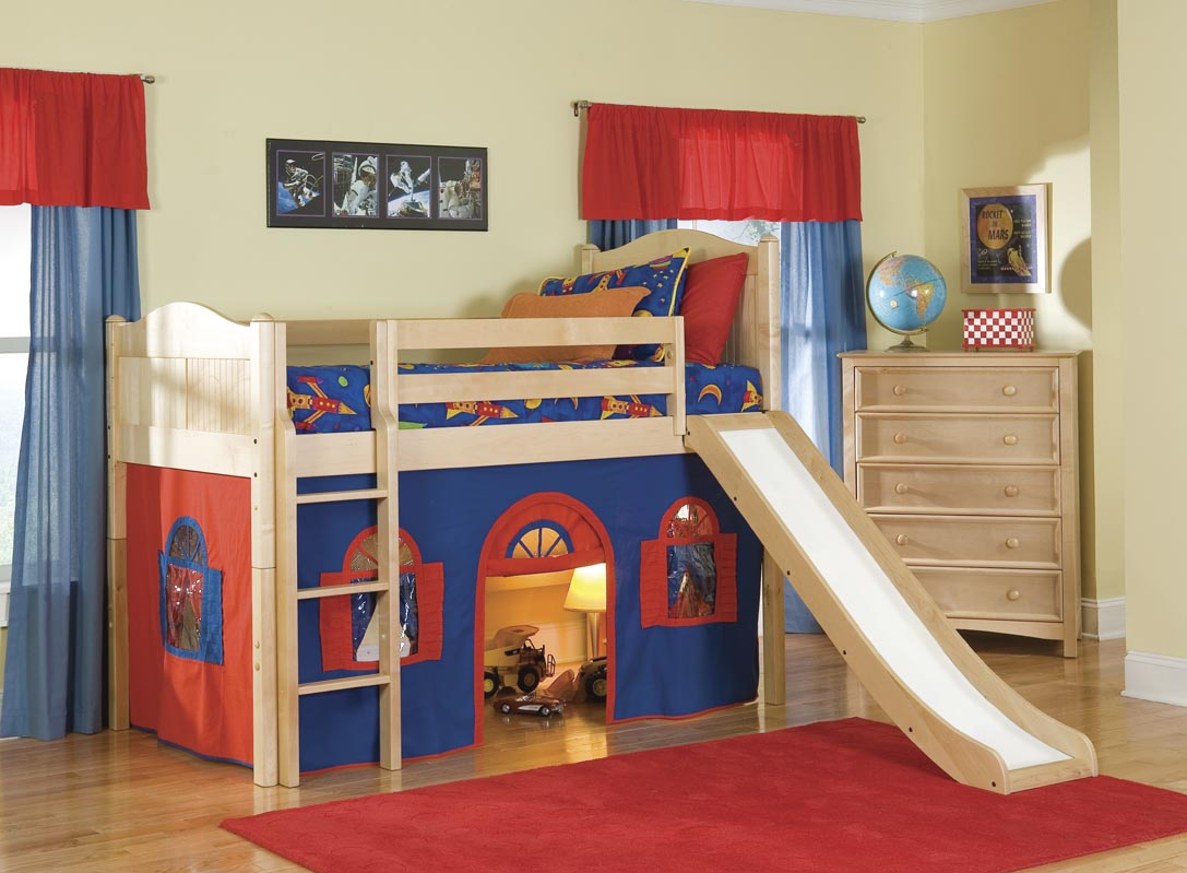 Breathtaking cheap bunk beds for kids with area rugs and laminate flooring combined with picture on the wall for kids bed room ideas