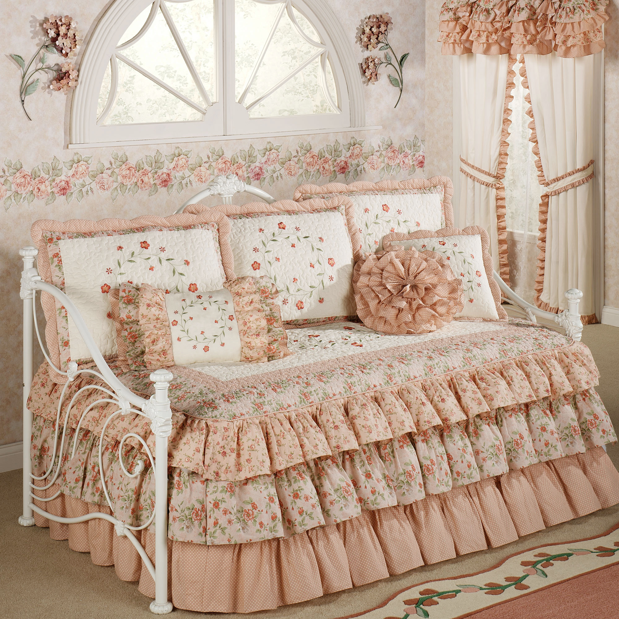 Breathtaking Full Comforter Sets Bed Queen Size And King Bedsize Also Pillows And Cushion Combined With Headboards And Curtains