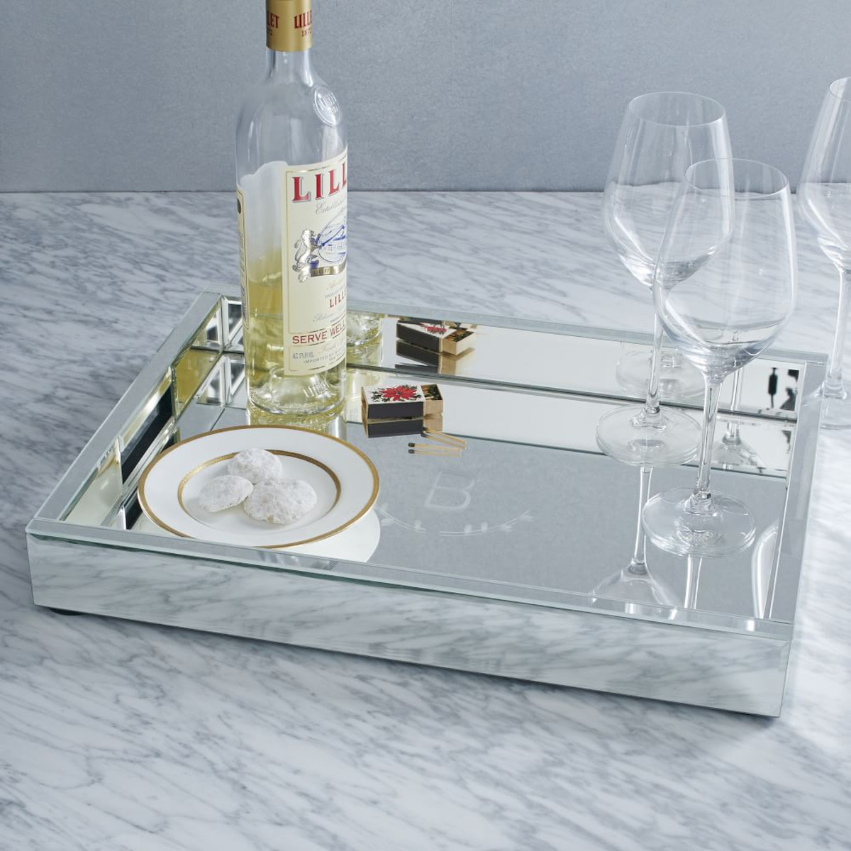 Brilliant design mirror tray with modern design