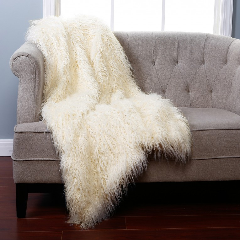 Brilliant White Fur Rug With Best Wooden Laminate Flooring And Sofa Chairs For Living Room Ideas