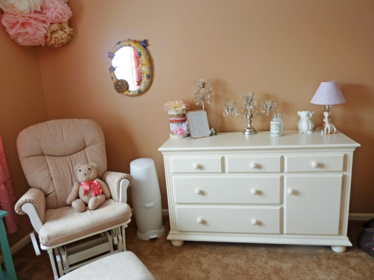 Classy Bedroom Furniture Sets From Cynthia Rowley Home