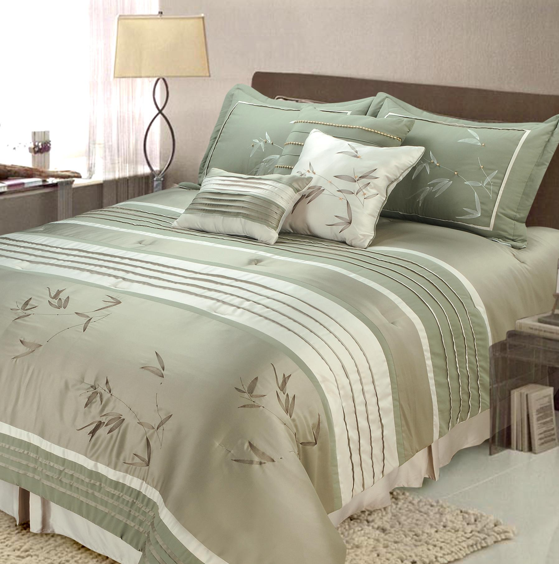Classy full comforter sets Bed queen size and king bedsize also pillows and cushion combined with headboards and curtains