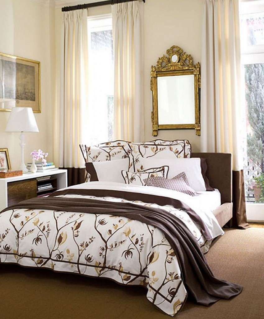 Comfy Full Comforter Sets Bed Queen Size And King Bedsize Also Pillows And Cushion Combined With Headboards And Curtains