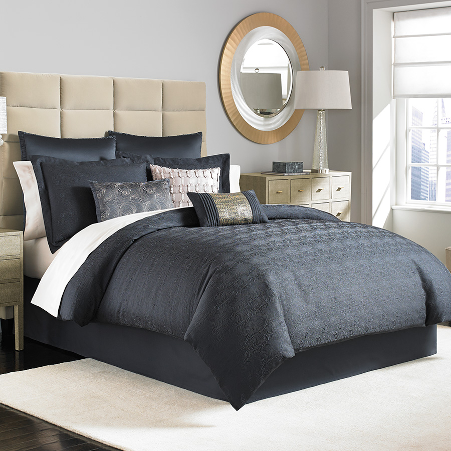 Creative full comforter sets Bed queen size and king bedsize also pillows and cushion combined with headboards and curtains