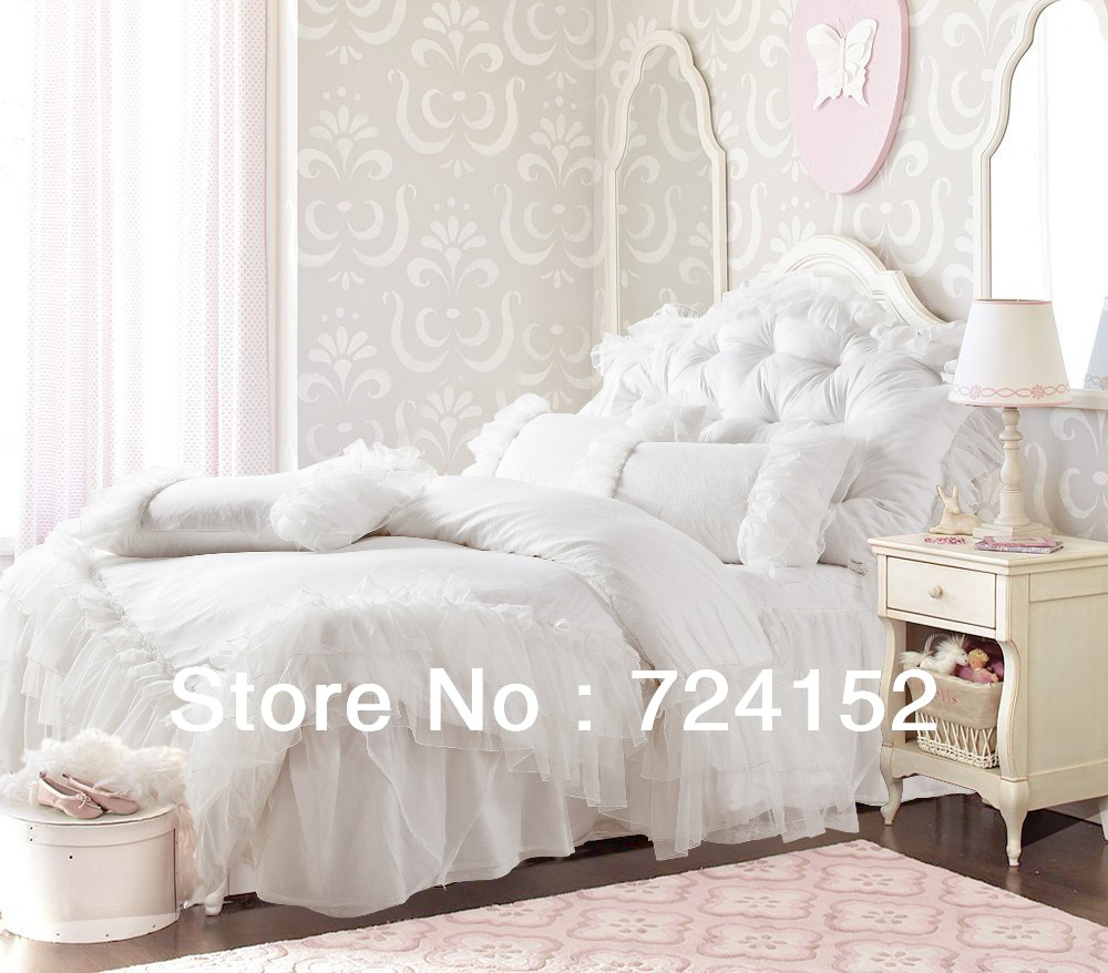 Cute Full Comforter Sets Bed Queen Size And King Bedsize Also Pillows And Cushion Combined With Headboards And Curtains