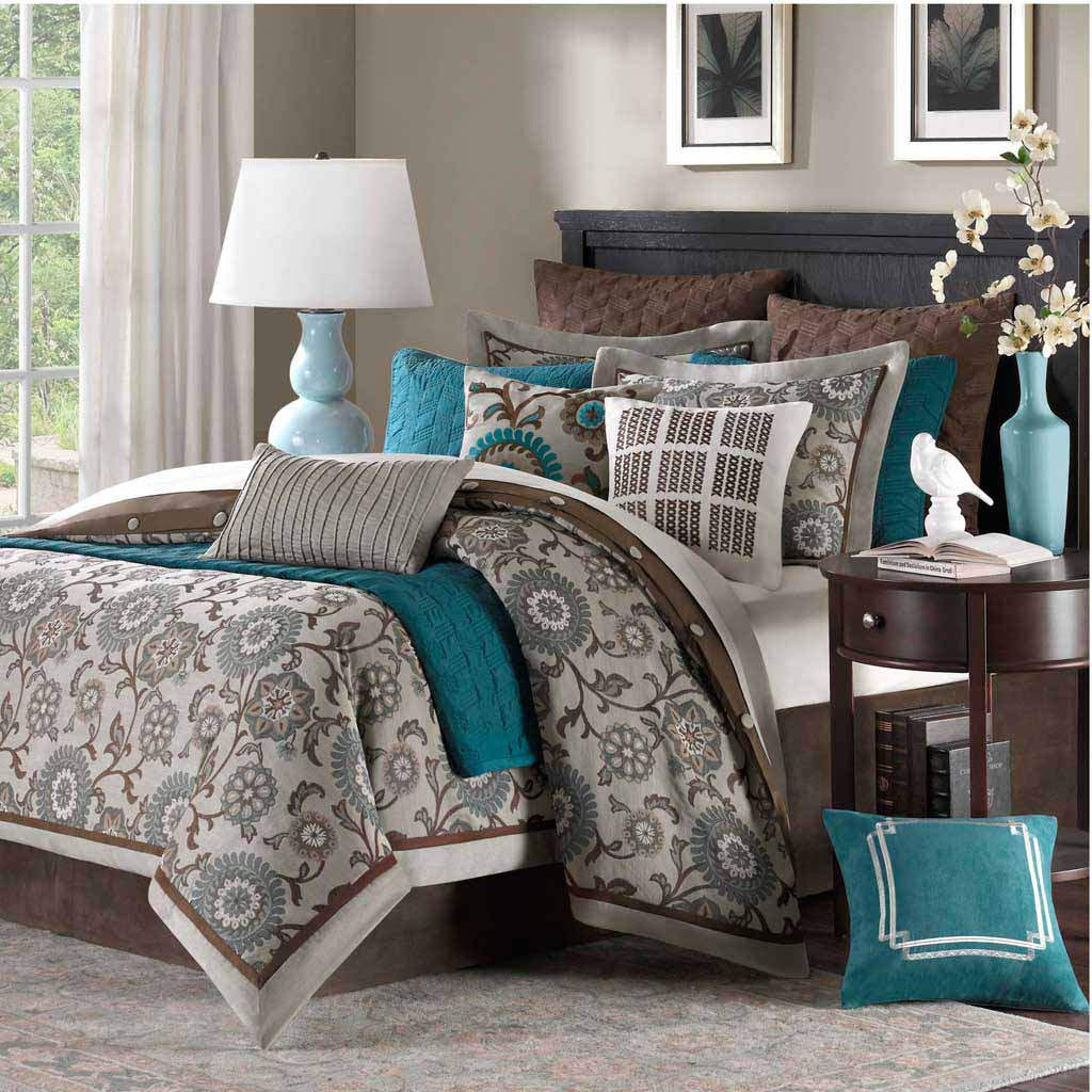 Dazzling full comforter sets Bed queen size and king bedsize also pillows and cushion combined with headboards and curtains