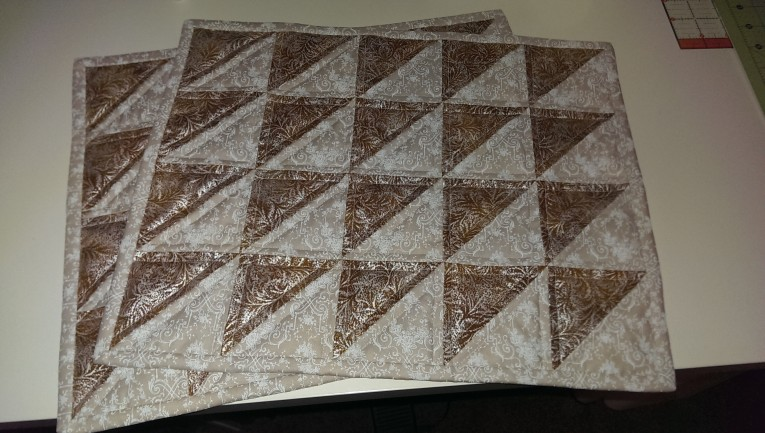 Endearing Mat With Variant Colors Quilted Placemats Combined Decorative Color Pattern For Flooring Ideas