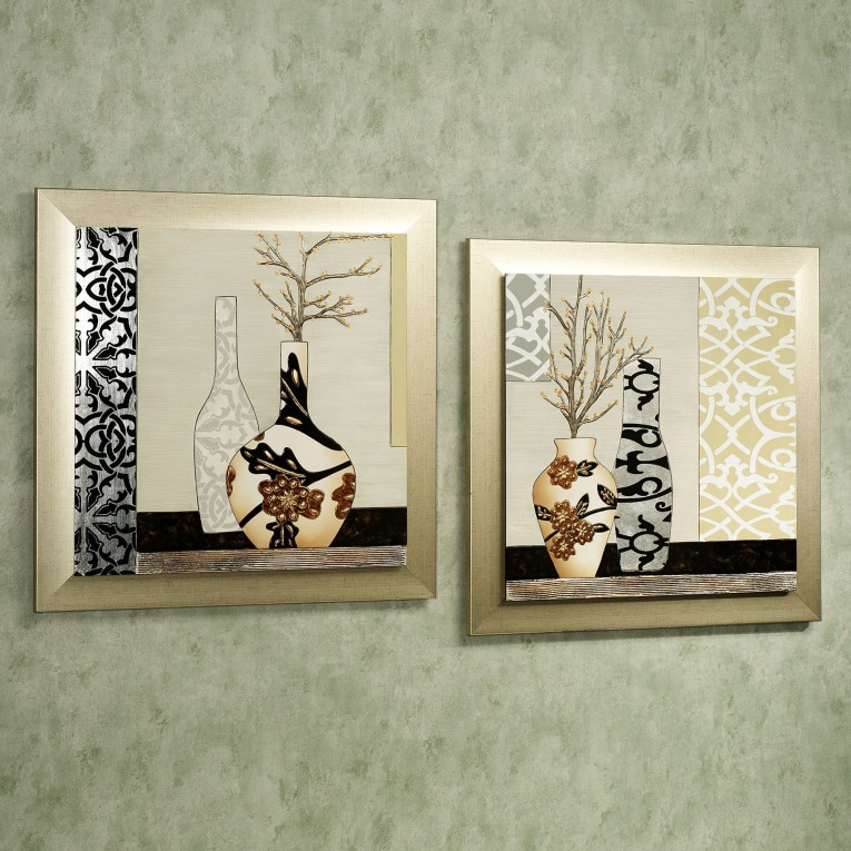Exquisite Wall Plaques With Antique Pattern Design For Wall Decorating Home Ideas