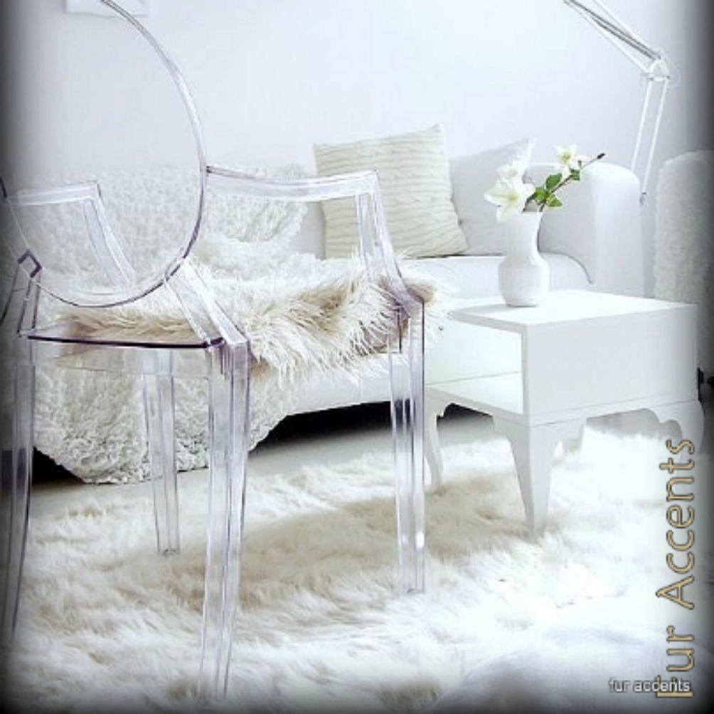Exquisite white fur rug with Best wooden laminate flooring and sofa chairs for living room Ideas