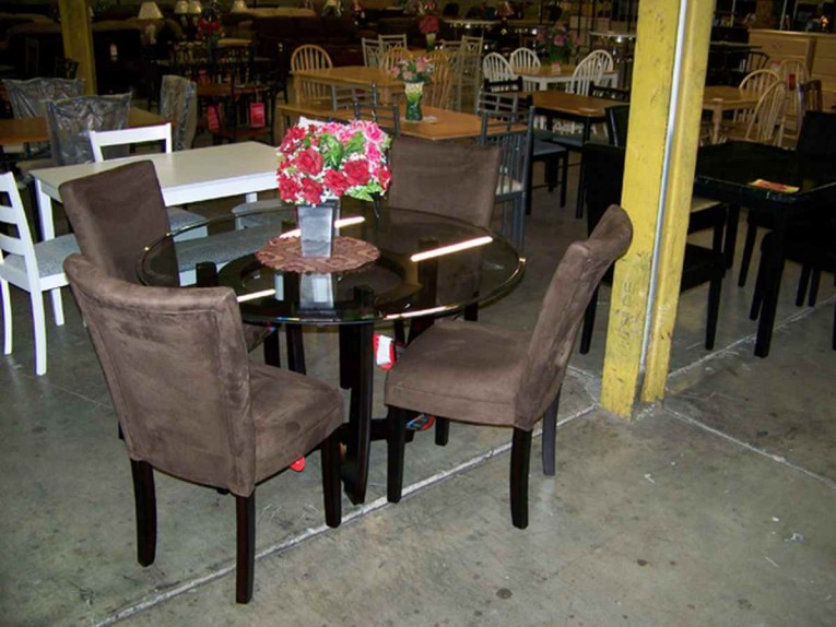 Fabulous Dinette Depot With Pricing Display Ideas