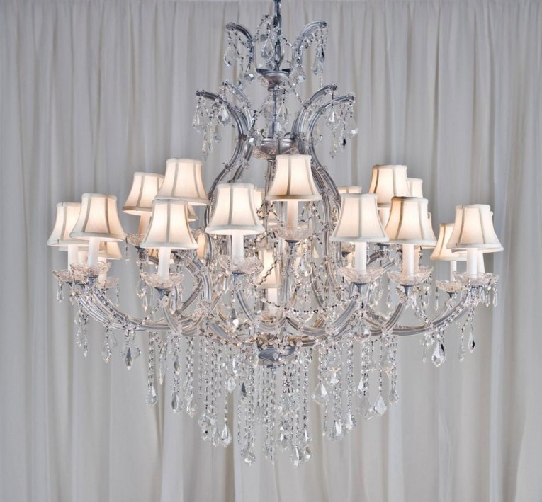 Nice Maria Theresa Chandelier With White Trimmed