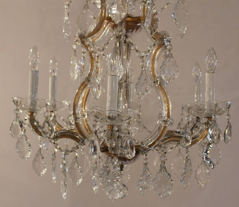 Wondrous Ceiling Light Maria Theresa Chandelier Crystal