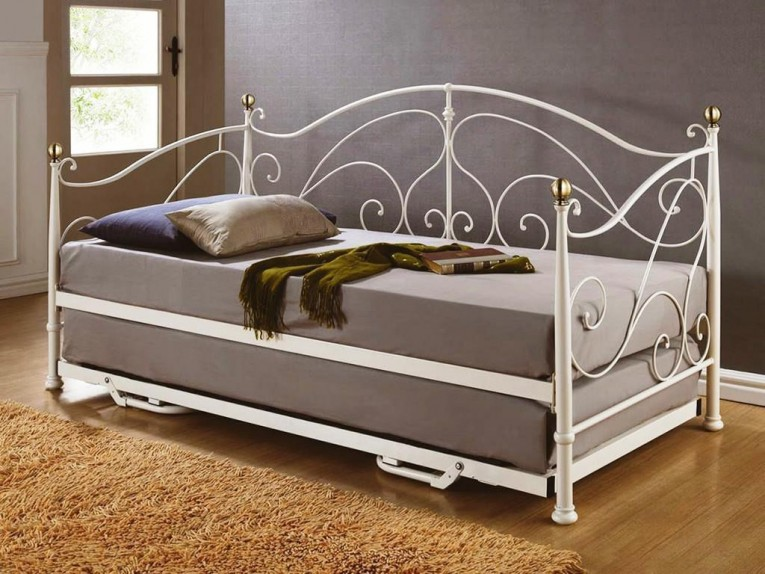 Nice Queen Daybed Frame For Room Decor Ideas