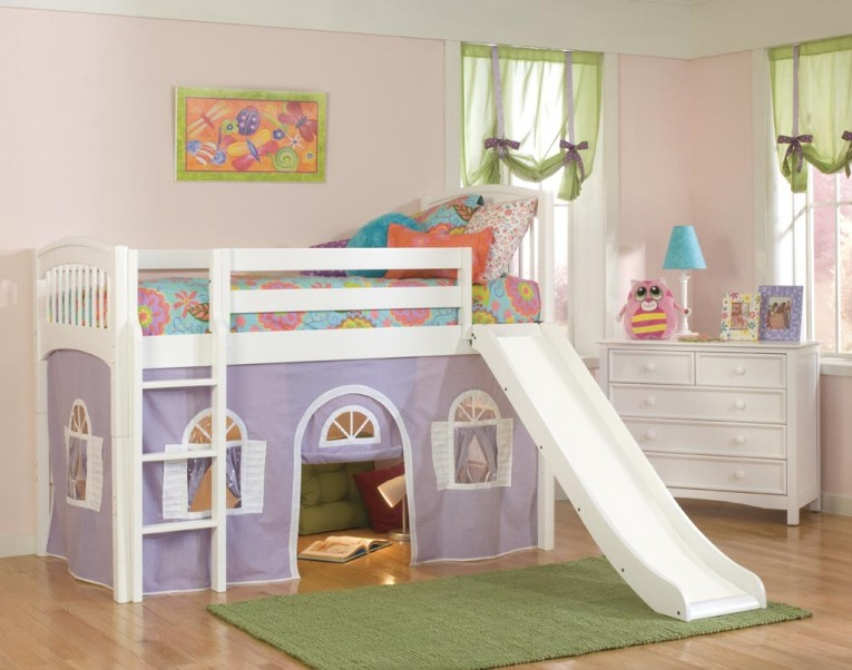 Purple Cheap Loft Beds With Green Rugs