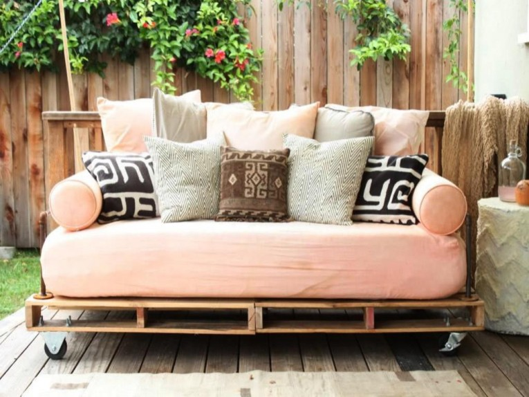 Queen Daybed At Outdoor With Hardwood Flooring