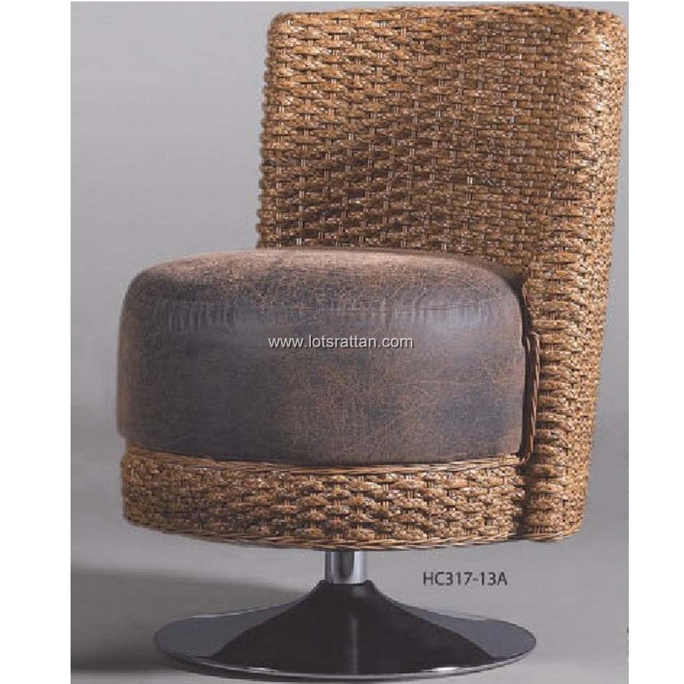 small reeds furniture rattan chairs with brown cushion