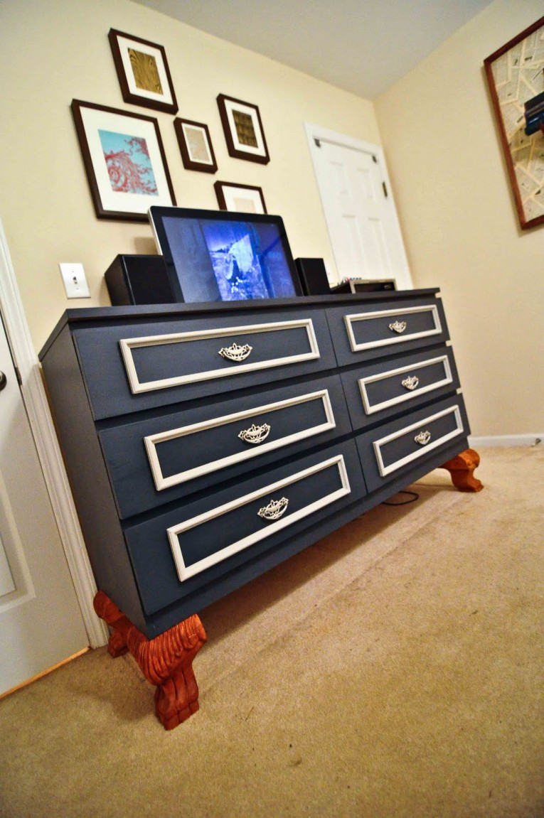 Unique Dark Blue Malm 6 Drawer Dresser With Carpets