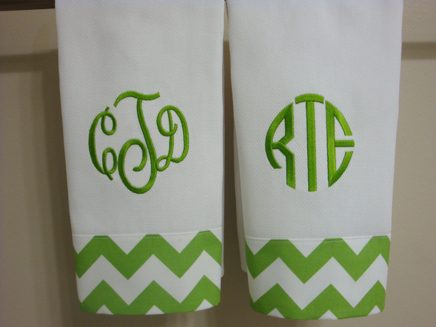 Admirable monogrammed hand towels with Decorative logo pattern towel for bathing Ideas