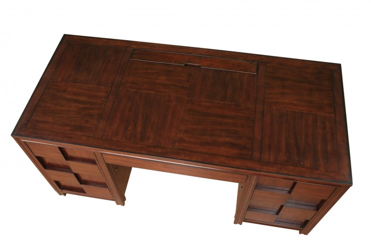 Adroable Wooden Tyndall Furniture