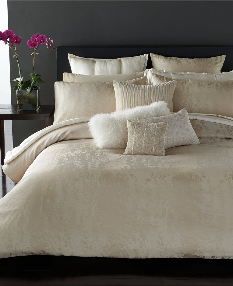 Amazing Donna Karan Bedding With Cushion And Pillows Also Beautiful Duvet Cover And Sidetable And Luxury Wall Paint Color