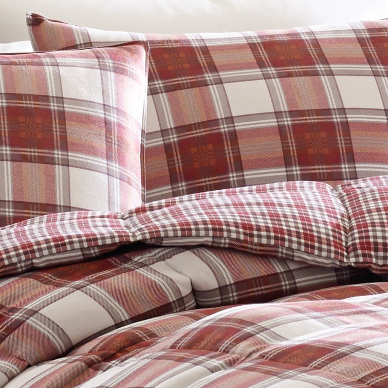 Amazing Plaid Comforter With Rugs And Wooden Floor Plus Headboard And Sidetable Also Pillows