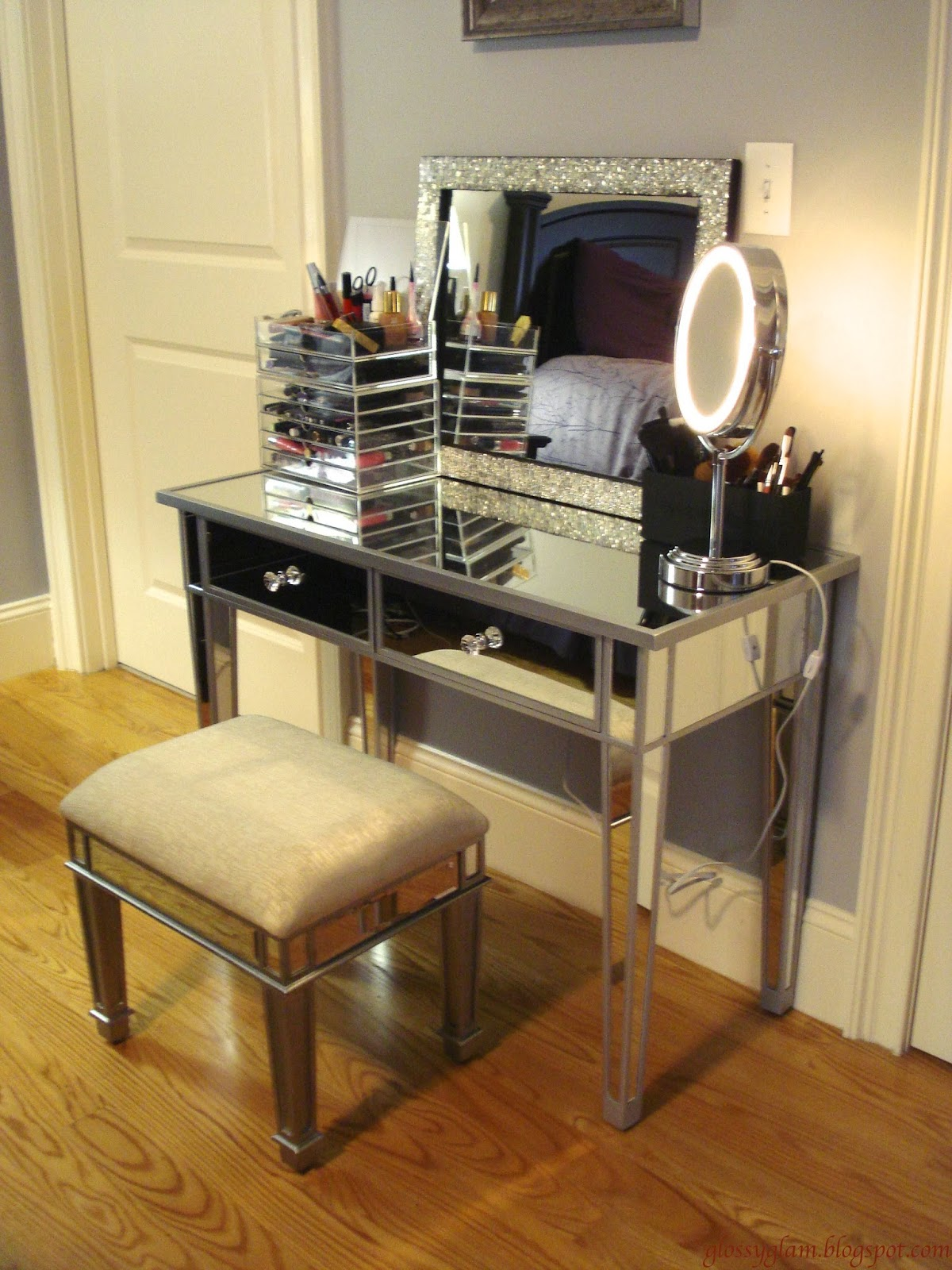 Fascinating Hayworth Vanity for Bedroom Furniture Ideas: Amusing Hayworth Vanity Mirrored Vanity And Ikea Vanity Also Ikea Rug Hayworth Rug Ideas