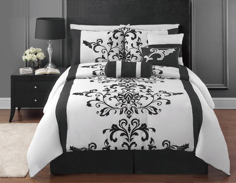Appealing Bedroom With Black And White Comforter Sets And Laminate Porcelain Floor Also Curtain And Sidetables