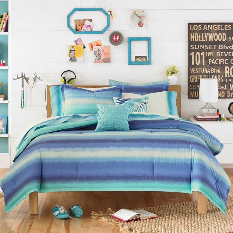 Appealing Blue Ocean Comforters For Teens With Decorative Wall