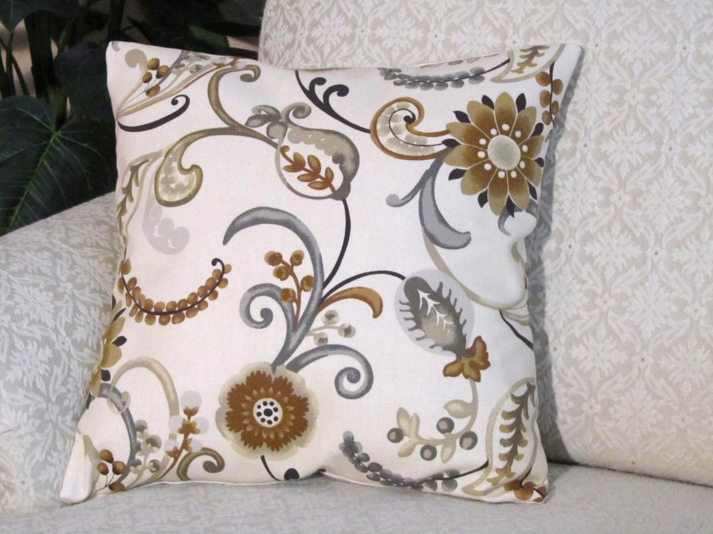 Astonishing pattern of cheap decorative pillows for bed or sofas furniture ideas
