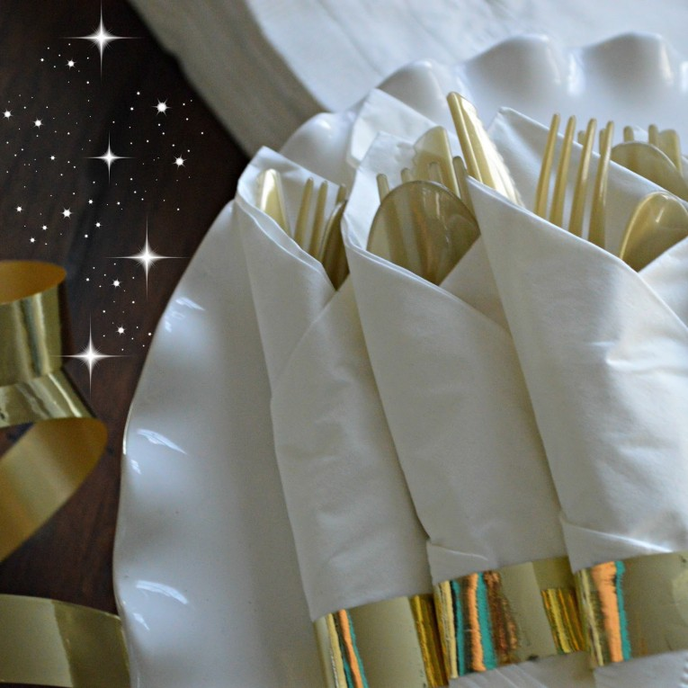 Astounding Gold Plastic Silverware With Glitters Gold Plastic Silverware For Serverware Ideas
