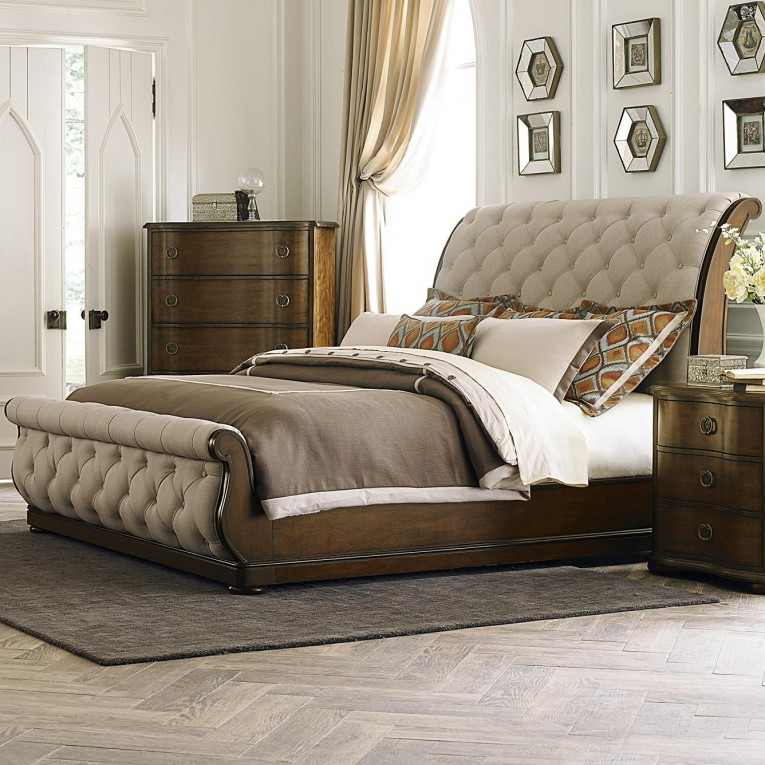 Astounding Headboars King Sleigh Bed With Royal Duvet Cover And Luxury Sheets Also Unique Area Rug Above Laminate Flooring Ideas