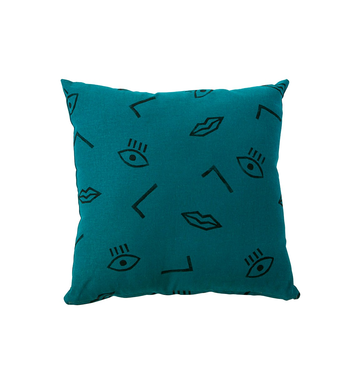 Interior Attractive Cushions Teal Throw Pillows For Queen Bed  ~ What Size Throw Pillow For Sofa