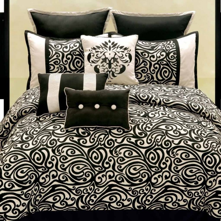 Best Bedroom With Black And White Comforter Sets And Laminate Porcelain Floor Also Curtain And Sidetables