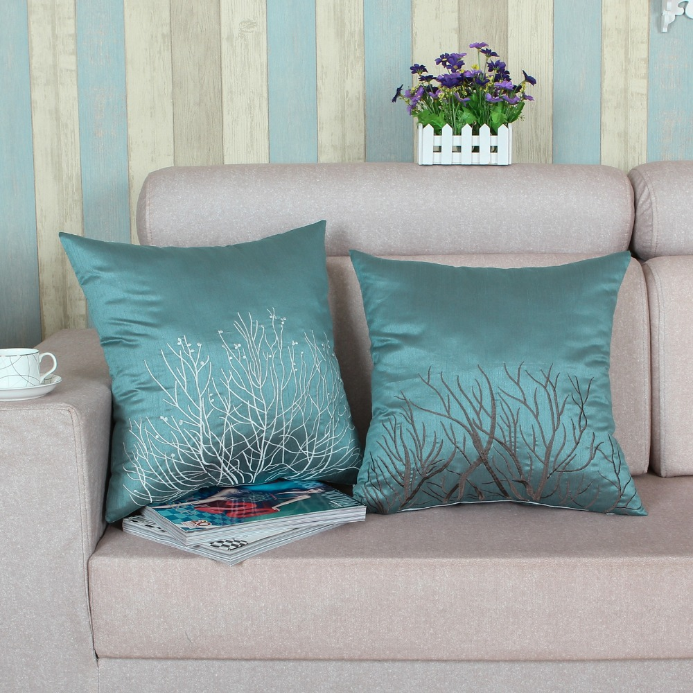 Interior Wonderful Teal Throw Pillows With Decorative Patterns  ~ What Size Throw Pillow For Sofa