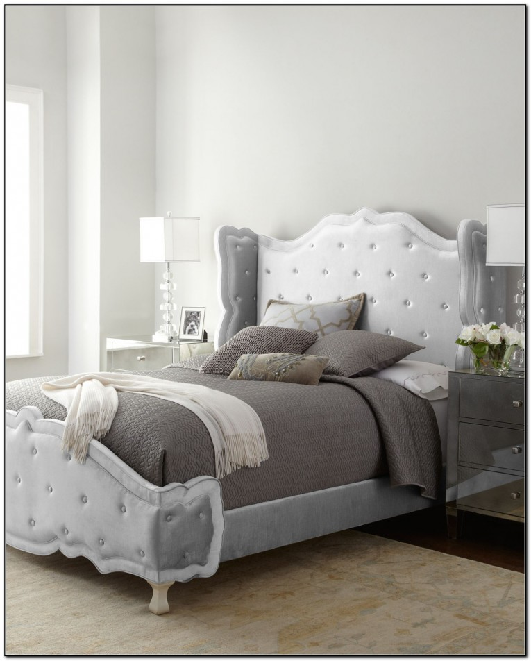 Best Donna Karan Bedding With Cushion And Pillows Also Beautiful Duvet Cover And Sidetable And Luxury Wall Paint Color