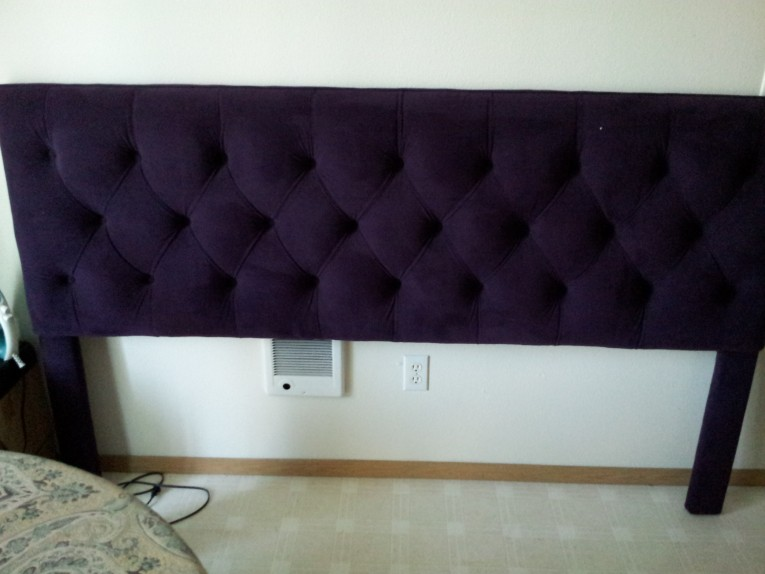 Best Quilted Headboard With Pillows And Queen Bed Size Platform Decorating Combined With Night Lamp And Sidetable