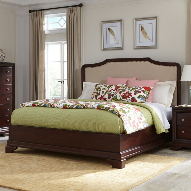 Best Romance Bedding With Headboards Combined With Rugs And Sidetables Also Lamps Plus Sofas From Cresent Furniture For Your Home Furniture Ideas