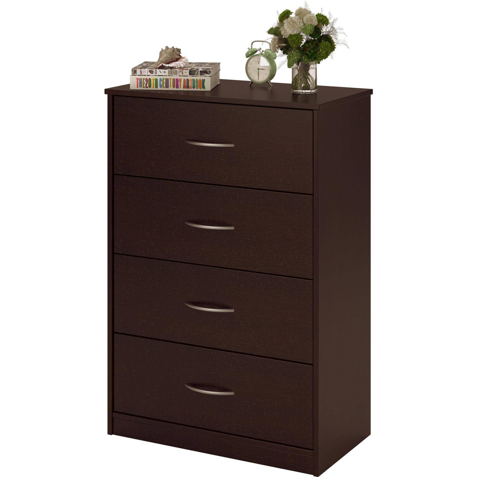 Brown pine 4 drawer dresser