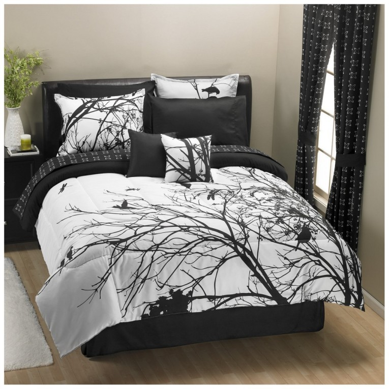 Captivating Bedroom With Black And White Comforter Sets And Laminate Porcelain Floor Also Curtain And Sidetables