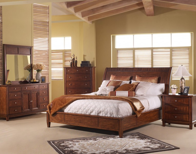 Captivating Headboars King Sleigh Bed With Royal Duvet Cover And Luxury Sheets Also Unique Area Rug Above Laminate Flooring Ideas