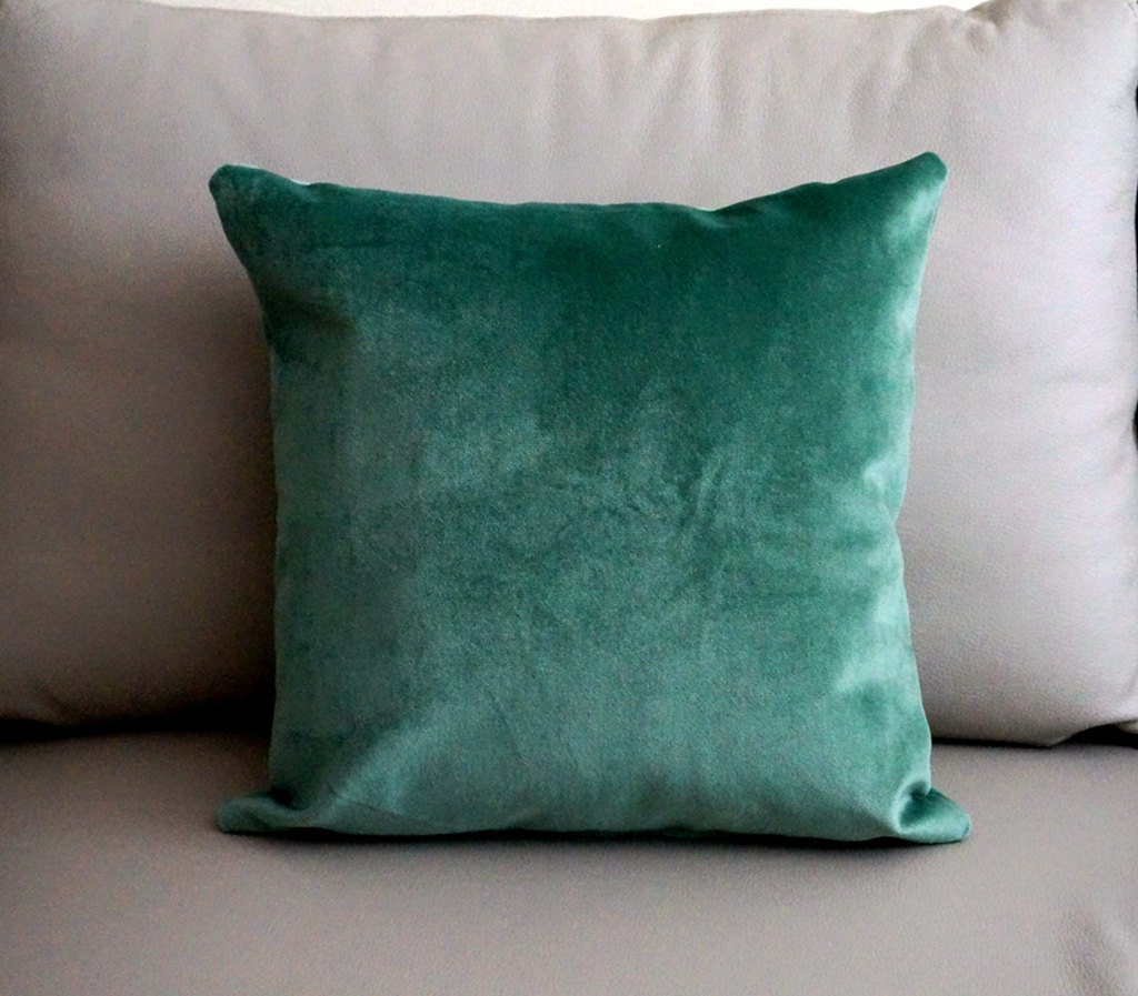 Interior Chic Cushions Teal Throw Pillows For Queen Bed Size King  ~ What Size Throw Pillow For Sofa