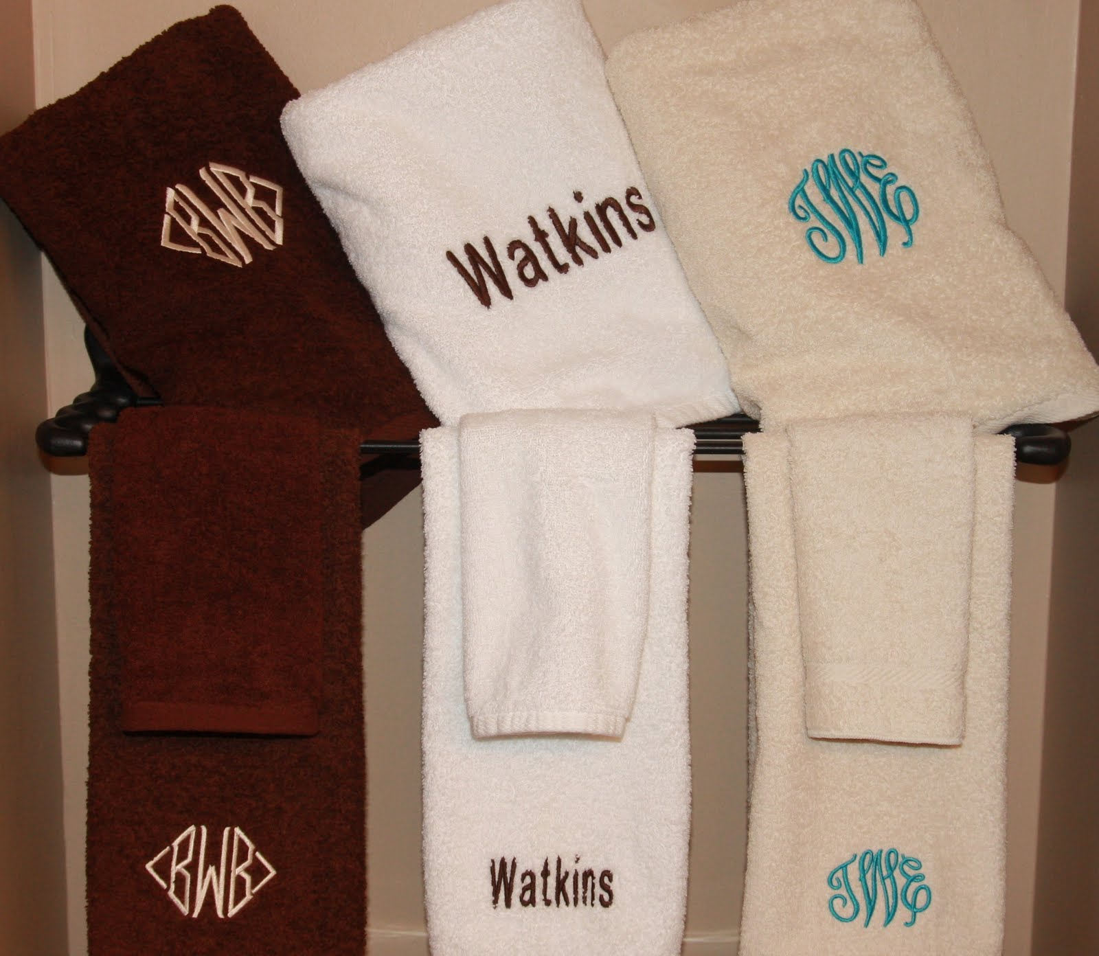 Chic monogrammed bath towels with personalized towel of monogrammed towel set ideas