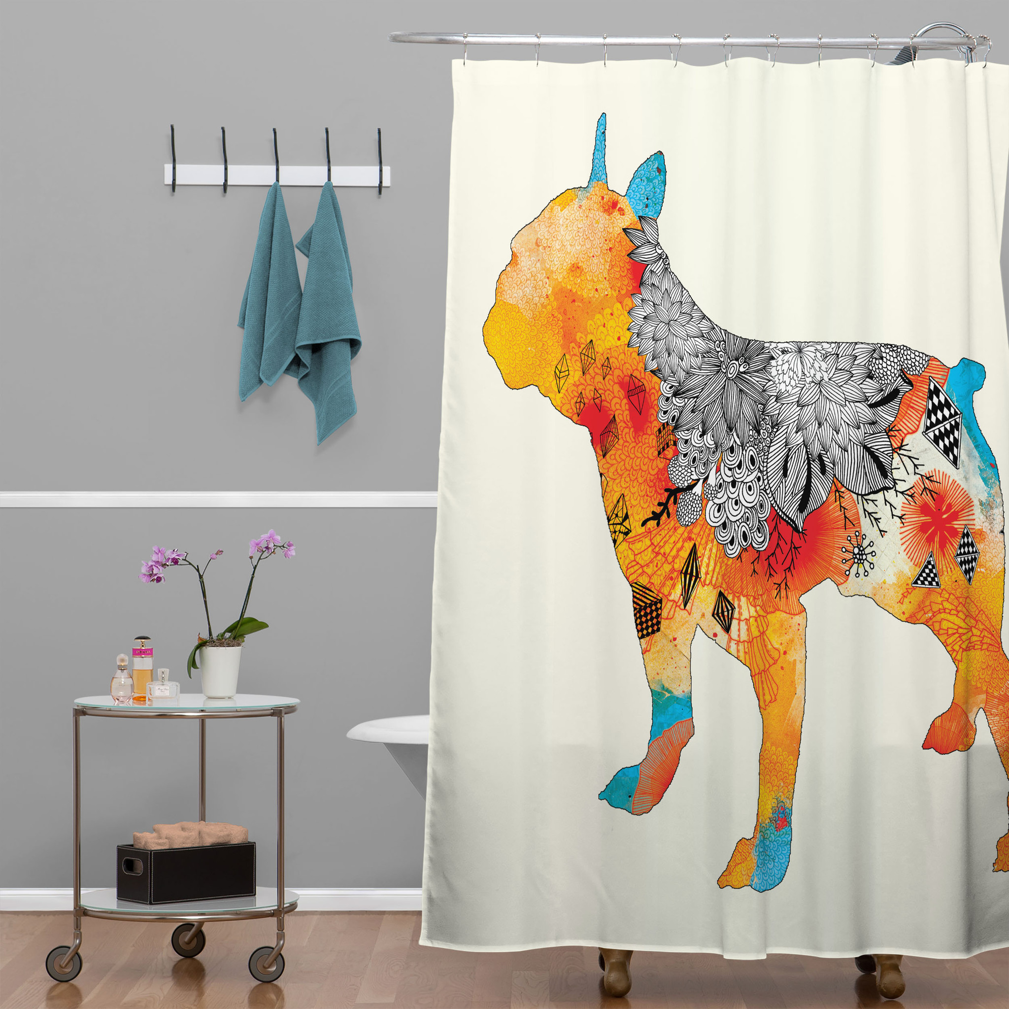 Chic peacock shower curtain featuring beautiful color peacock shower curtain and sidetable with rollers for your beautiful modern bathroom shower ideas